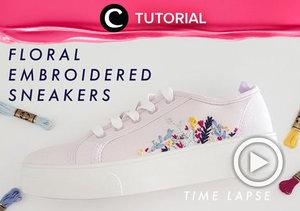 Bosan dengan sepatu canvas polos milikmu? Kini kamu bisa mempercantik sepatumu dengan sentuhan embroidery. Intip di sini untuk langkah membuatnya : https://bit.ly/2Lq1emo. Video ini di-share kembali oleh Clozetter @kamiliasari. Lihat juga tutorial lainnya yang ada di Tutorial Section.