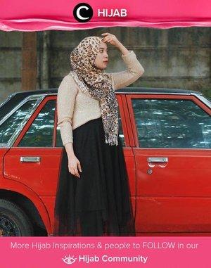 Are you as bold as Clozette Ambassador @Mellarisya? She was wearing leopard shawl, sequin sweater and black tutu for one look! Simak inspirasi gaya Hijab dari para Clozetters hari ini di Hijab Community. Yuk, share juga gaya hijab andalan kamu.