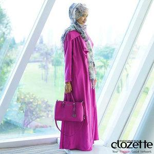September is coming! Cek gaya hijab 'September Ceria' ala Clozetters lainnya yang dapat menjadi inspirasimu, disini http://bit.ly/1fSJRbf  Image Courtesy: LuluElhasbu