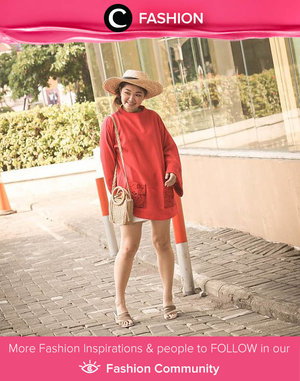 In the mood for red? Try Clozette Ambassador @katherin's look with oversized red sweater and a lovely straw hat. Simak Fashion Update ala clozetters lainnya hari ini di Fashion Community. Yuk, share outfit favorit kamu bersama Clozette.