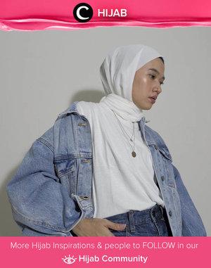 Basic color, chic styling. Image shared by Clozette Ambassador @karinaorin. Simak inspirasi gaya Hijab dari para Clozetters hari ini di Hijab Community. Yuk, share juga gaya hijab andalan kamu.