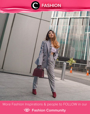 Wherever you work, show up feeling good in workwear that suits your style. Image shared by Clozette Ambassador @priscaangelina. Simak Fashion Update ala clozetters lainnya hari ini di Fashion Community. Yuk, share outfit favorit kamu bersama Clozette.