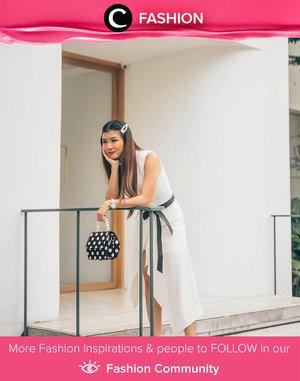 Feminine and chic, Clozette Ambassador @wulanwu memadukan barrette hair clip dengan hand bag polka dot dan white dress. We love the total look! Simak Fashion Update ala clozetters lainnya hari ini di Fashion Community. Yuk, share outfit favorit kamu bersama Clozette.