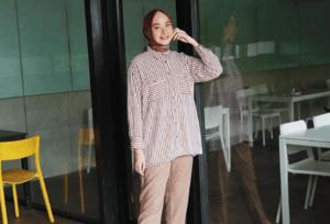 Tampil Penuh Statement dengan Stripe Outfit