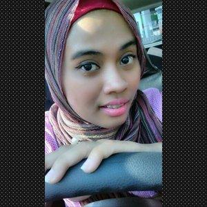 #ClozetteId #MOTD #makeup #pink #KhalisaLipcare #lipgloss #natural #selfie #beauty #beautycare