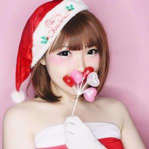 Santa Yuki is coming to town. Sebutin dalam hati satu hadiah yang kamu pengen and make a wish.Ps. Jangan bilang : 'All i want for Christmas is You' 😒...#ARTist #Art #santaclaus #christmas #xmas #クリスマス #メリークリスマス #santa #merrychristmas #merryxmas #BeautyBlogger  #BeautyVlogger #clozetteid #Makeup #Cosmetics #Cosmetic #style #Blogger #Blog #Beauty #Cute #girls #Japanesebeauty #Kawaiimakeup #fashion #メイク#ヘアアレンジ#kawaii#ファッション#かわいい