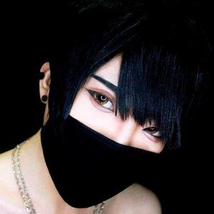 Girls, don't fall in love with me too fast. If you fall, you'll hurt yourself, okay? - Aiyuki ..Oh, hi! Me and my girls bikin collab lagi tentang #ExpectationVSreality. Buat Yuki sih, pakai masker bukan hanya untuk alasan kesehatan aja, tapi juga untuk fashion atau... Lagi males makeupin separo wajah. You know what i mean, meskipun seorang beauty-junkie sekalipun, kadang males untuk makeup fullface, jadi bisa manfaatin masker 🙃.Okay, now i've got the truth that i feel bad for Snow White since she ate her apple in that way when nobody see her 😂 #ExpectationVSreality #influencerbehindthescene#makeup #kawaii #beauty #style #girls #モデル#メイク#ヘアアレンジ#オシャレ#メイク #ファッション #ガール #かわいい #cute #beautiful #IndonesianBlogger #BeautyBlogger#BeautyBloggerIndonesia #ClozetteID
