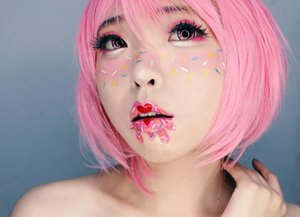 [ I SCREAM FOR ICE CREAM ] A Scoops of Strawberry ice cream with colorful sprinkles. Who can resist? And I am always in the mood for sprinkles and sweet strawberry. . . Makeup is about balance. When the eyes say something, the lips should be seem so attractive. A woman's lips must say, 'I gotcha!' Because you just do a little bit of liner, just a color silhouette and a touch of passion. . . . #Beauty #beautye #beautystagram #beautyetstyle #beautyideas  #beautymakeup #beautyblogger #beautyinbeingunique #lips #lipsart #lipstick #art  #日本#モデル#メイク#ヘアアレンジ#オシャレ#メイク#かわいい #ootd#instastyle#girl#beauty#kawaii#コーディネート#ファッション#コーディ#ガール #clozetteID