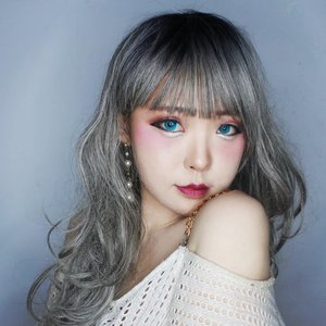 My glam princess makeup inspiration for your party time. One brand makeup look using @purbasarimakeupid collections.  Stay tune for the give away, beauty fellas! . . . . . . . . . #日本#モデル#メイク#ヘアアレンジ#オシャレ#メイク#���� #ootd#fashionaddict#instastyle#girl #instabeauty #makeup #makeupinspo #makeuplover #instaphoto #makeuplook #makeupoftheday  #party #clozetteID
