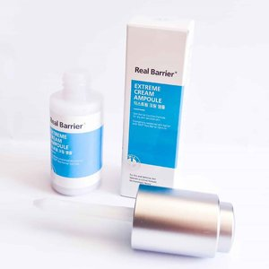 #reviews #trymereviewme REAL BARRIER Cream Ampoule ...A highly concentrated ampoule formulated with 10,000 ppm. Ceramide to strongly strengthen a weakened skin barrier.  Infused with vitamin B5 to calm and protect dry and sensitive skin. Enriched with 10,000 ppm panthenol, madecassoside, allantoin to effectively soothe skin irritation...💦TEXTURE AND SCENT:  The texture like milk absorbs quickly without leaving a sticky residue.  The fragrance is soft and doesn't irritate my nose....📦PACKAGING: Stored in a beautiful bottle-shaped container with white and blue colors, equipped with a unique bottle pipette.  With a content of 30 ml.  I love the ampoules from 😍...HOW TO USE:  After cleansing my face and drying, I use after using toner and essence, remove the pipette from the bottle and apply what is left in the applicator to the face.  Repeat if necessary.  Pat to spread.  Can be used with favorite moisturizers to maximize the benefits of hydration.  I use this morning and night, 1 to 2 pumps already enough to hydrate my skin... 🍁Review: Highly concentrated limiting cream ampoules enriched with barrier creams from Extreme Cream.  This moisturizing cream ampoule contains high concentration ingredients that help strengthen skin barriers including Ceramide and Panthenol, to build healthy skin barriers.  In my opinion this ampoule cream is great for dry skin users because it contains 5 different forms of Hyaluronic Acid (Hyaluronic Acid, Hydrolyzed Glycosaminoglycans, Sodium Hyaluronate Crosspolymer, Sodium Hyaluronate and Hydalurly Hyaluronic Acid). For my combination, the combination is not suitable to make oil, but it moisturizes the whole day.  Attention: all the writing that I make is the result of my experience using a product.  The results depend on each person.  Don't rely on my experience.  You could be different from my interpretation.  thank you  How about you?  Attracted to try it ???..🌟: 4.7/5.*Gifted
