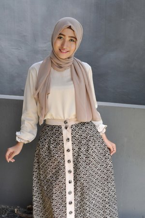 lovely smile~#ClozetteID #GoDiscover #KhalisaLipCare