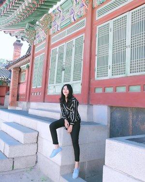 - 📸 : @ajmiko__ - #changdeokgungpalace #changdeokgung #koreaselatan #southkorea #clozetteid #ootd