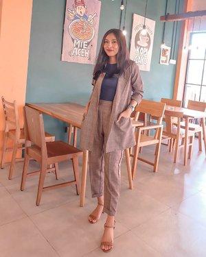 Weekend - 📸 : @nanakecild • 07.07 - #clozetteid #coffeeshop #coffeeshopjakarta #tebet