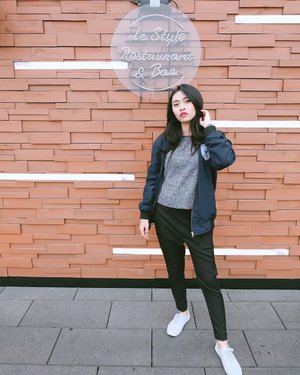 Muka songong be like .. - 📸 : @stevemara_ - #ibisstylesmyeongdong #ibisstyles #clozetteid #kr #ootd #southkorea #myeongdong #koreaselatan