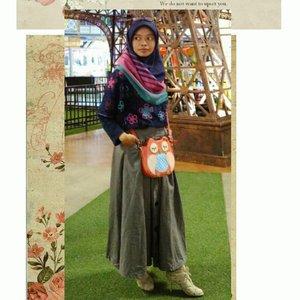 •Hijab by ShafiraBoleh dong, kasih 4 kata tentang hijab yang sedang Uni pakai.________________________#clozetteid#shafiramuslimfashion #30thshafirajourney