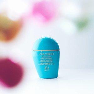 •Lagi senang belajar framing, tapi sebal sendiri karena kualitas tangkapan ponsel tidak sebaik lensa kamera 😖In frame : Shiseido Sun Protection SPF 43. Ada yang pernah pakai? Ulasannya tayang minggu depan, ya.________________________#clozetteid#shiseido#sunprotection