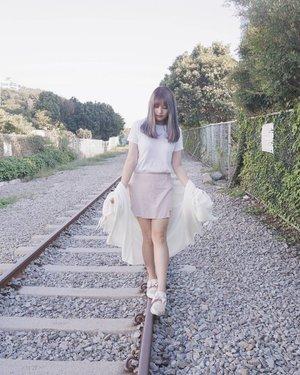 Walk by faith and not by sight 👀 . . #NatashaJS #NatashaJSOOTD #NatashaJSinKorea #NatashaJShairupdates #VioletBrush #clozetteid