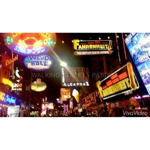 Sneak peek my budget traveling experience to Pattaya 😊 #blogger #fblogger #indonesianlivinginbangkok #StarClozetter #clozetteID #like4like #videogram #vivavideo #travel #traveler #travelgram #travelblogger #indotravelers #indonesianblogger #indonesiablogger