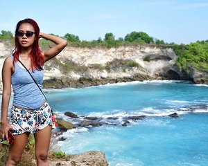 "Sorry for my ""blue"" spam photos 😜❤️👙🏖💄💋💃🏻😘... still have bunch of them ❤️. . . . #holiday #nusalembongan #nusaceningan #bali #bluelagoon #indonesia #wonderfulindonesia #baliholiday #travel #traveler #travelgram #traveldiary #travelblogger #instanature #instapic #instagram #instatravel #instaholiday #beach #bitchesbeach #indonesianlivinginbangkok #clozetteid #starclozetter"