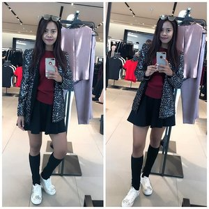 Turn out.. being your own self and being honest even if its hurt, will make you feeling so much better and happier rather than to fake it. . . . #truetoyourself #selfiegram #selfcare #selfrespect #pursuehappiness #indonesianlivinginbangkok #fashion #fashionista #fashiongram #bangkok #thailand #starclozetter #clozetteid