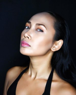 Jakarta Fashion Week 2017 Entry. . . Doesn't she looks like @shaymitchell from Pretty little liars? 🤣😍❤️ . Model : @diapetra . #makeovermuahunt #makeoverproartist #indonesianlivinginbangkok #makeup #makeuplover #makeupartist #indonesianmakeupartis #jakarta #indonesia #starclozetter #clozetteid #shaymitchell #instamakeup #like4like #likeforlike #instadaily