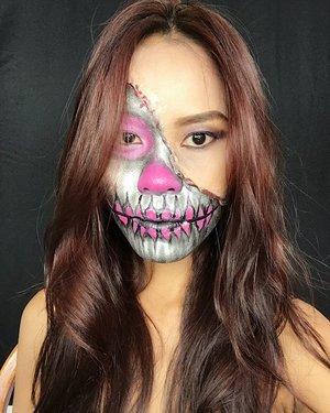 Just simple my Halloween makeup 👻🖤💀 last minute idea cos I've been not so well yesterday but try to managed making this look in my studio. . . The tutorial will up on my Youtube very soon. . . . #indonesianlivinginbangkok #indonesianmakeupartis #amazingmakeupart #specialeffectsmakeup #makeupkarakter #mua #makeupartist #fantasymakeup #instamakeup #skullmakeup #halloweenmakeup #makeuplover #starclozetter #clozetteid