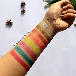 Kalo liat warna2 yang begini jadi penasaran kannnhttp://www.arifanuryani.com/2018/07/review-swatch-sariayu-color-trend-2018.html#clozetteid #Beautiesquad #BeautiesquadReview #beautyploration #SariayuColorTrend2018 #RollYourNatural #beautiesquadxsariayu #setterspace