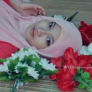 #alfifanni#hijaber#hijabstyle#hijabfashion#hijabday#instapict#instafame#instagram#instadaily#makeupbyme #clozetteid
