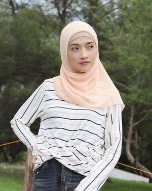Striped Alma by @cottonink..#clozetteID #youxcottonink #hotd #hijabootd #hijabpost #hijabootdindo #hijabstyle #style #stylista #stylegram #styleinspo #styleoftheday #stylebyme #stylelook #stylefashion #hijabfashion #fashioninspo #fashiontrend #fashionstreet #instafashion #fashion #stripetee #casualchic #OOTD #outfitoftheday