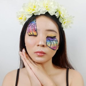The wings of transformation are born of patience and struggle 🐛🦋 . Inspired @junecrees . . . . . . . . . . #luellaartistry #luellamakeup #butterflymakeupinspired #butterflymakeup #rainbowmakeuplook #rainbowbutterfly #facepaintingideas #artsymakeup #makeuppemula #makeupremaja #pridemakeup #makeuptransformation #tutorialmakeup #beautyvlogger #beautybloggerindonesia #beautybloggerbandung #beautyvloggerbandung #bandungbeautyblogger #bandungbeautyvlogger #clozzetebeauty  #Clozetteid