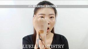 Wagelaaaa siih ini salah satu eyeshadow liquid yang cukup bisa bikin aku melongo! Brand Korea!.Pigmentasi super 👌Glittery so lovely 💋Warna cantik ❤.Identik banget sama makeup ala ala Korea nih. Beli nya di  @hicharis_official sistur. Lagi ada diskon! Cek bio aku ya ❤.Btw favorit aku si Manish Brown! Kalau kamu suka Bella Luna atau Manish Brown?.@bvlogger.id @cchannel_id @cchannel_beauty_id@bunnyneedsmakeup @bandungbeautyvlogger  @ragam_kecantikan @zonamakeup.id @tampilcantik @indobeautygram @beautybloggerindonesia@100daysofmakeup@inspirasi_cantikmu @tips__kecantikan@setterspace@indovidgram @indobeautygram ...#CHARIS #CHARISCELEB #CHARISWithmesignalmetalprismglitter #facechart #artsymakeup #mnyitlook#luellamakeup #tampilcantik #indobeautygram #bvloggerid #cchannelbeautyid #beautiesquad #clozetteid #clozzetebeauty #bloggerindonesia  #beautilosophy  #indobeautysquad #beautygoersid  #beautybloggerindonesia #ragamkecantikan
