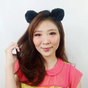 Better rambut panjang atau pendek nih?? Sometimes kangen juga punya rambut panjang.. Emang suka labil ya cewe tuh 😂😂 . . . . . #luellaartistry #koreamakeup #koreamakeuptutorial #naturalmakeup #kpopmakeup #clozzetebeauty #Clozetteid #beautyvlogger #beautybloggerindonesia #beautybloggerbandung #beautyvloggerbandung #bandungbeautyblogger #bandungbeautyvlogger