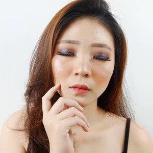 Kali kali bikin smoky eyes deh, walaupun mata kecil dan hoodie kaya aku tetep bisa mainin warna eyeshadow kok! . Ini masih pake The Needs Face Palette @ars_fashion x @tasyafarasya x @focallure . . Tutorial is coming soon! ❤ . . . . . #itstheneeds #tasyafarasyaxars #tasyafarasyaxfocallure #facechart #artsymakeup #mnyitlook #luellamakeup #tampilcantik #indobeautygram #bvloggerid #cchannelbeautyid #beautiesquad #clozetteid #clozzetebeauty #bloggerindonesia  #beautilosophy  #indobeautysquad #beautygoersid  #beautybloggerindonesia #ragamkecantikan