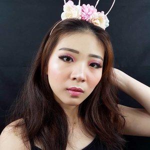 Chocoberry look! Tutorial nya nyusul yak 👌.Product details:Eyeshadow @nyxcosmetics_indonesia Eyeliner @purbasarimakeupid Blush On @martinezcosmeticofficial Highlighter @makeoverid Lipstick @wardahbeauty Lip Topper @mobcosmetic Lashes @blpbeauty ..#freshmakeup #pinkmakeup #facechart #artsymakeup #mnyitlook#luellamakeup #tampilcantik #indobeautygram #bvloggerid #cchannelbeautyid #beautiesquad #clozetteid #clozzetebeauty #bloggerindonesia #bloggerindo #beautilosophy  #indobeautysquad #beautygoersid  #beautybloggerindonesia #ragamkecantikan  #beautybloggerbandung #setterspace #bloggerbandung #muatribeid #kbbvmember #bloggermafia #bunnyneedsmakeup