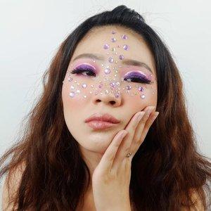 Shine bright like a diamond! . Inpo @mamamcdonie . . . #luellaartistry #luellamakeup #rainbowmakeup #colorfulmakeup #pridemakeup #artsymakeup #makeuppemula #makeupremaja #makeupnatural #makeuptransformation #tutorialmakeup #beautyvlogger #beautybloggerindonesia #beautybloggerbandung #beautyvloggerbandung #bandungbeautyblogger #bandungbeautyvlogger #clozzetebeauty  #Clozetteid