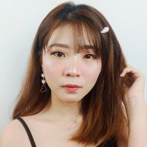 Time is free but it's priceless!.Lashes @blpbeautyJepit @amarette.id.Eeh eeh, kalian lebih suka makan bakso atau pizza? *apa sih pertanyaan random 😂😂..#luellaartistry #luellamakeup #clozettebeauty #clozetteid #makeupnatural #makeupkoreatutorial #makeupjepang
