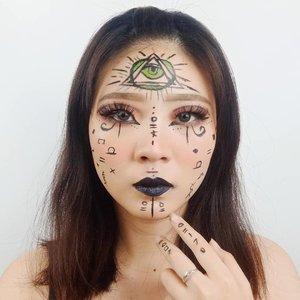 DAY 8 for #31daysofhalloween..Inspired @cosmeticscuid...#luellaartistry #luellamakeup #clozzetebeauty #clozetteid #makeupbarenginivindy #kipaart #halloween2019 #halloweenideas2019