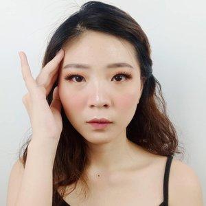 Kalian lagi suka pake produk makeup brand lokal, drugstore, atau luar negeri nih?? . . Product details: @qlcosmetic ❤ Blush On no. 05 ❤ Lip Cream Sweet Peach dan Excotic Red ❤ Waterproof Eyeliner . . . . #luellaartistry #luellamakeup #1stGatheringBBV #qlcosmetic #makeupnatural #makeupkoreatutorial #makeuppemula #makeupremaja #makeuptransformation  #artsymakeup #colorfulmakeup #koreamakeup #clozzetebeauty #Clozetteid #beautyvlogger #beautybloggerindonesia #beautybloggerbandung #beautyvloggerbandung #bandungbeautyblogger #bandungbeautyvlogger