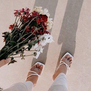 Hi ✨ @eveseitch_id  . . . #clozetteid #minimalism #fashion101