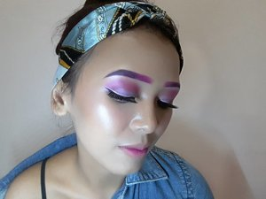 💖 PINK UP PUNK 💖  FACE  @caringbybiokos_mt Timeless Illuminate BB Cream @nyxcosmetics_indonesia Full Coverage Concealer @absolutenewyork_id HD Cover Stick @nyxcosmetics_indonesia Stay Matte But Not Flat @gobancosmetics Illuminating Highlighter (Bronze Nebula)  BROW @makeoverid Eyeliner Pencil (Posh Purple) @nyxcosmetics_indonesia Liquid Suede (Pink Lust)  EYES @nyxcosmetics_indonesia Liquid Suede (Pink Lust) Okalan Double Exposure @nyxcosmetics_indonesia Vinyl Liquid Liner @absolutenewyork_id Cotton Candy Liners (Sugar Plum)  LIPS @nyxcosmetics_indonesia Lingerie (Ruffle Trim) @nyxcosmetics_indonesia Liquid Suede (Pink Lust) . . . . . . . . . . . . . . #makeup #makeuptutorial #makeupvideos #makeupvideo #dailymakeup #makeuproutine #beautyguru #mua #makeupartist #tutorial #clozetteID