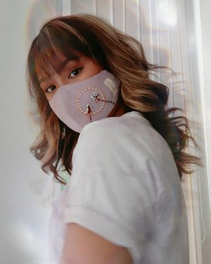 [ lilac ]Breakfast mask from @theafterwork.idTie dye tee from @monomolly.id#wakeupandmakeup #makeuptutorial #glowingmakeup #ClozetteID #indobeautysquad #ragamkecantikan #beautybloggerindonesia #tampilcantik #ABG #asianbabygirl #egirl #tezzaapp #newnormal #ootd