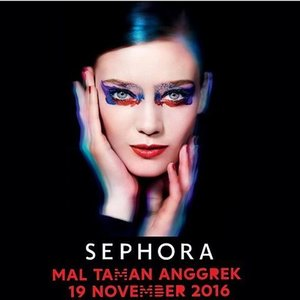 Morning my beautiful ladiesssss.  GOOD NEWSS!! Sephora is coming to Mall Taman Anggrek this Saturday yaaay!  Ada banyak acara seru: Ada Salvatore Ferragamo Uomo First Launch, Bvlgari Goldea Rose First Launch, Tangle Teezer Free Hair Styling, Ardell Lash Activity, Jurlique Free Hand Massage pluss Novexpert & Glam Glow Free Skin Consultation!  Want a special prize from Sephora? Easy breezy luvss! Here's how:  1. Regram atau repost image ini dengan hashtag #SephoraMTA paling lambat hari Kamis, 17 November 2016  2. Tag & mention @sephoraidn dan @maltamananggrek  3. Datang ke Grand Opening Sephora Mal Taman Anggrek pada hari Sabtu, 19 November 2016 laluu tunjukan hasil regram/repost image ini untuk klaim hadiah dari Sephora Indonesia  4. Hadiah akan diberikan bagi 100 antrian pertama yang datang pada saat Grand Opening Sephora Mal Taman Anggrek hari Sabtu, 19 November 2016; 1 regram/repost untuk 1 akun IG; T&C apply, persediaan terbatas untuk 100 antrian pertama.  5. It will be open for public at 12 pm yashh!  Good luck! :) This event supported by:  Salvatore Ferragamo, BVLGARI, Marc Jacobs Beauty, @glamglow_ind, @thebrowgal, @benefitindonesia, @sampar_ind, @oscarblandi_ind, @ardell_id, dan Sephora voucher  SEE YOU THEREEE😍😍😍😘 #SEPHORA #maltamananggrek #sephoraidn  #sephoraidnbeautyinfluencer #beautyjunkiee #clozetteid