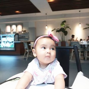 Selamat Malam dari Ms. Kicik Bulat sempurna #AairaFahima . #kids #instakids #8monthsold #ClozetteID #moodbooster