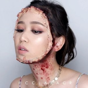 TWO FACE BITCH 2.0 Be careful using latex, it hurts like helll to get it off from your baby hair! 😩😫😫 Product used: Liquid latex @maybelline fit me foundation  @maybelline fit me concealer @ltpro_official Translucent powder @benefitindonesia brow primer #etude drawing pencil @nyxcosmetics_indonesia brow mascara @urbandecaycosmetics #eyeprimer potion @sigmabeauty #sigmabrushes @tartecosmetics #tarteist pro palette @colourpopcosmetics LALA @maybelline #Hypersharp liner @catrice.cosmetics liner @mehronmakeup Coagulated blood  @nyxcosmetics_indonesia Black jumbo eye  Song : Raven & Kreyn - In the Air #ibv #ibvlogger #indobeautygram #ivg #ivgbeauty @indovidgram @indobeautygram #hudabeauty #clozette #clozetteid #undiscovered_muas #make4glam #wakeupandmakeup @undiscovered_muas @featuremuas @underratedmua #beautyjunkie #beautyenthusiast