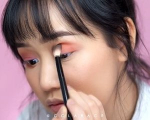 Using the @urbandecaycosmetics #udindonesia born to run eyeshadow palette just look at those colors! Im in love :')@lancomeofficial #lancomeid hypnose doll mascara *terbaiq*@peripera_official sugar glow tint no.2 (the tube looks scaryyyy tapi ini bagus banget for a natural look!) ...#indobeautygram #ivgbeauty @indovidgram @indobeautygram #clozette #clozetteid #undiscovered_muas @tampilcantik #tampilcantik #make4glam @undiscovered_muas @featuremuas @underratedmua @muasfeaturing #charisceleb