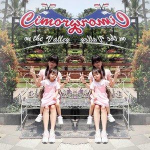 Mirror 😊 #ClozetteID #momanddaughter