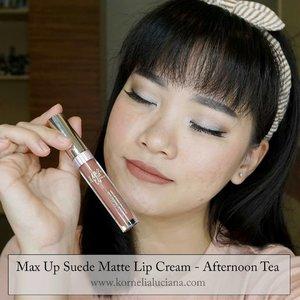Swipe 👉Ini dia lip cream yang kemarin aku omongin di instastoryku.@maxupcosmetics Suede Lip Cream ini hasilnya lembut banget di bibir, pigmentasinya juga bagus, tahan lama, transferproof, waterproof dan gak bikin bibir jadi kering. Super 💕💕.Warna kesukaanku #AfternoonTea dan #DustyRose.Kalo kamu suka yang mana?Review lengkapnya sudah ada diblog www.kornelialuciana.com dan youtubeku Kornelia Luciana lho 😊.Langsung kepoin instagram @maxupcosmetics 😊👌.#ClozetteStar #ClozetteID #jogjabeautyblogger #indobeautygram#bvloggerid #beautycommunity #beautynesia #ivgbeauty #bloggermafia #gengbvlog#bloggerjogja #jogjabloggirls #beautiesquad #bloggerindonesia#LipcreamLokal #MaxupLipcream #reviewmaxupcosmetics