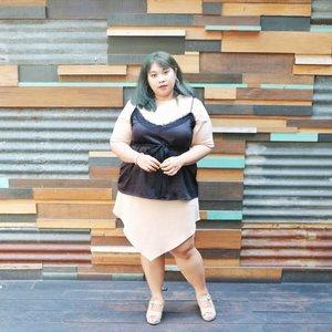 Mau diisi quote ala ala. Tp kok males mikir. Auk deh.  #shoxsquad #Clozetteid #clozetteootd  #ootdbigsizeindo #fashion #cute #ootdplussize #ootdcurvy #ootdplussizeindo #curvy #clozetteid #blogger #bblogger #beautyblogger #surabayabeautyblogger #sbybeautyblogger #curvygirl #plussize #endorsementindo #endorsement #bodypositive #celebratemysize #ootdindonesia #ootdindo #curvystyleideasid  #influencersurabaya #beautyhasnosize #missbbwindonesia #ootdredhacs #redhacsmixnmatch