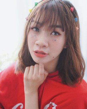 Ketika cita-cita mamak adalah debut di girlband jurusan masak memasak 😂😂  #shantyhuang #beautyblogger #selfie #selca #koreanmakeup #clozetteid #clozettedaily #instagood