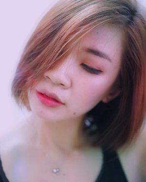 Besok uda weekend ya? Aku udah mulai lupa hari,tanggal dan jam 😂  #shantyhuang #beauty #selfie #selca #Clozetteid #beautyvlogger #Clozettedaily #instadaily #instadaily